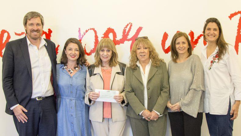 Fundación AVON renovó su compromiso con La Casa del Encuentro