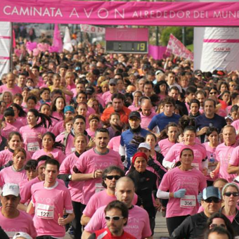 Caminata AVON por la lucha contra el cáncer de mama